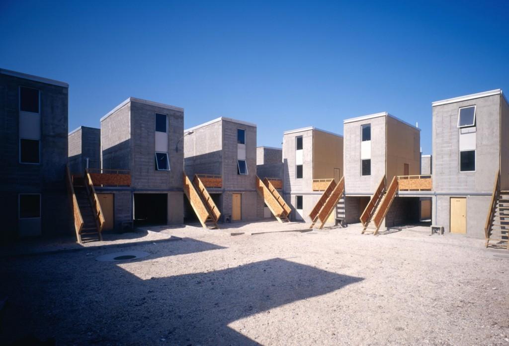 Alejandro-Aravena-Quinta-Monroy-Housing